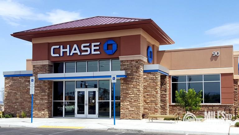 Chase Sapphire Preferred vs Sapphire Reserve