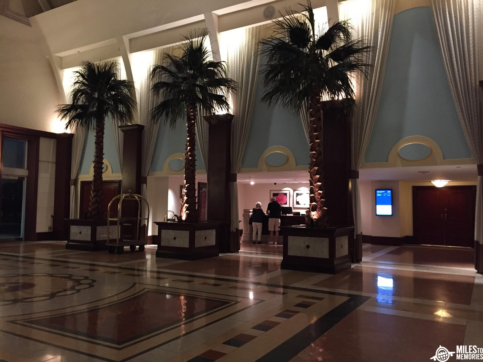 Using the American Express Hilton Aspire Card Perks