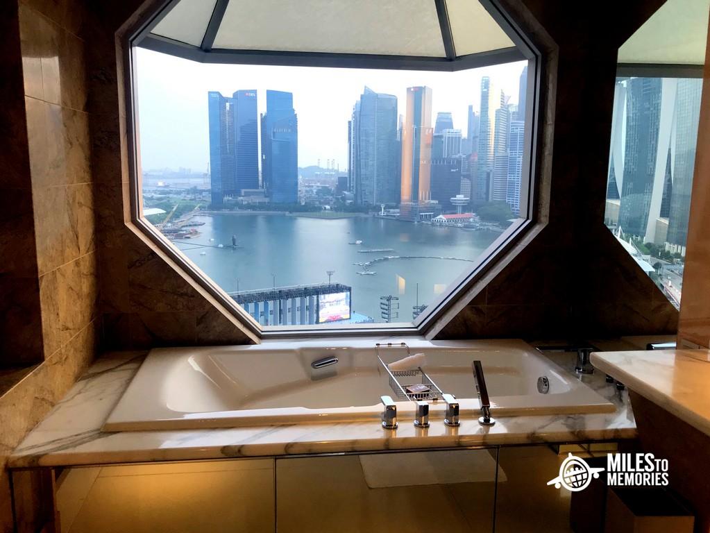 Ritz Carlton Millenia Singapore Review