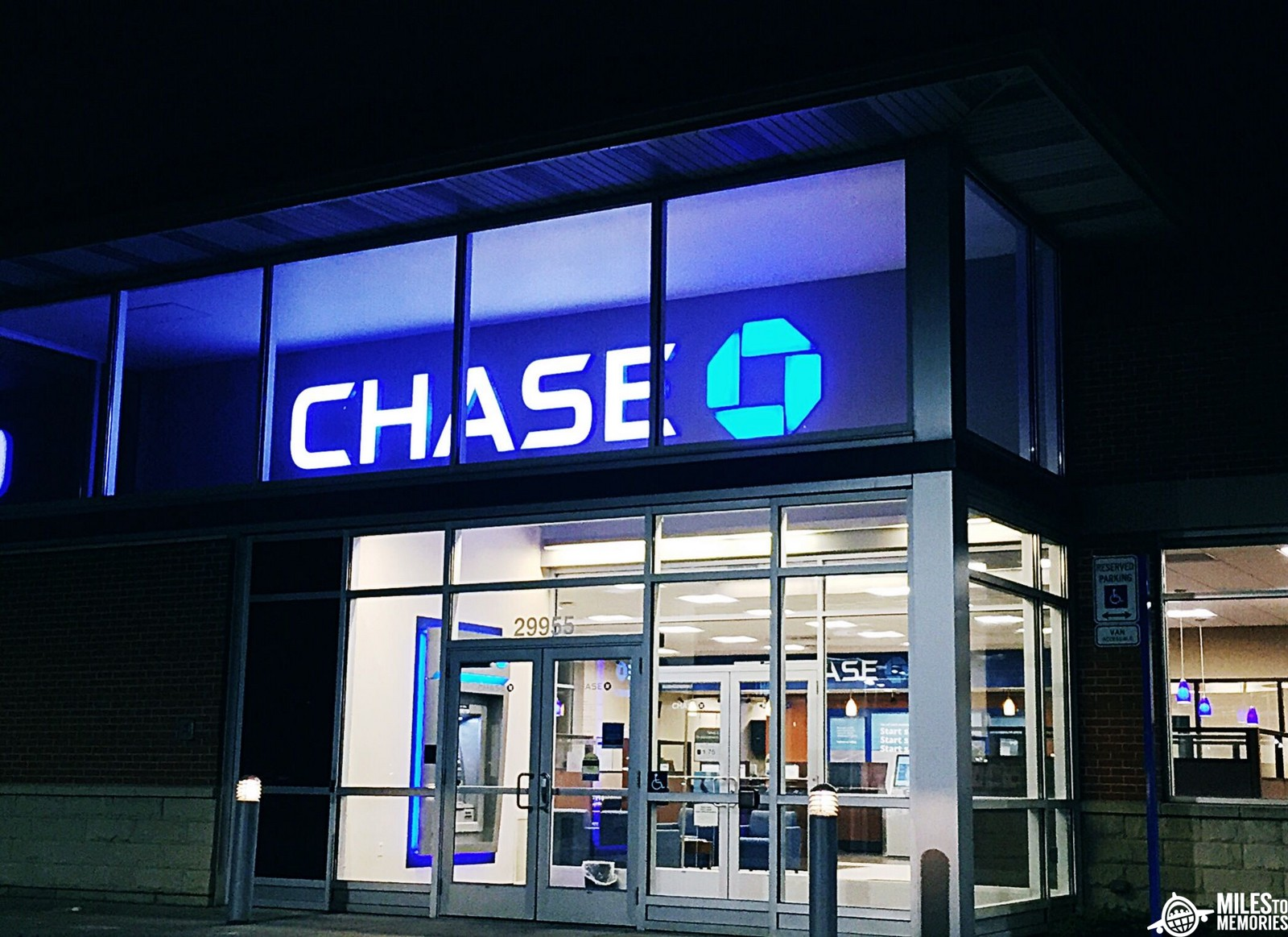 Chase Closing branches